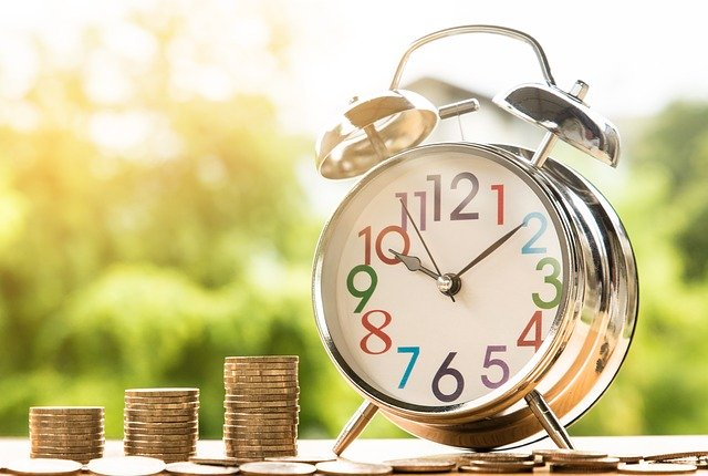 zarabiaj 12 miesięcy w roku